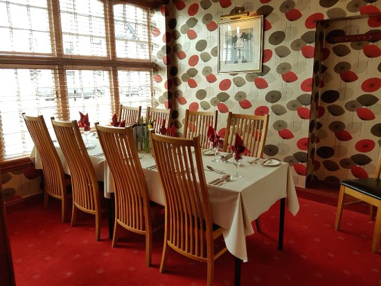 Edzell, UK: The Snug - A small private dining room.