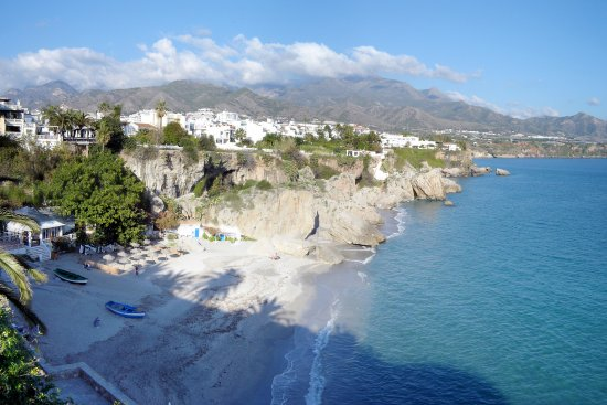 Playa de Papagayo: Papagayo Beach Nerja © Robert Bovington