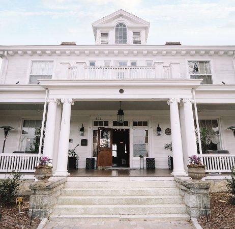 Pandora's Manor