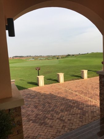 Lake Victoria Serena Golf Resort & Spa: Amazingly scenic! You want to be here! You want to pick up a club! You want to play golf!