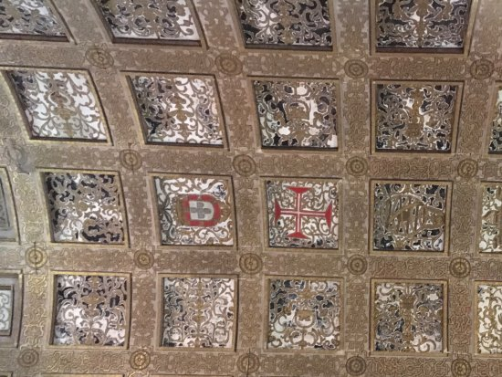 Tomar, โปรตุเกส: Ceiling in one of the main rooms