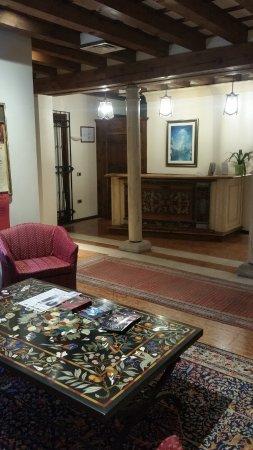 Hotel ai due Fanali: le hall est accueillant