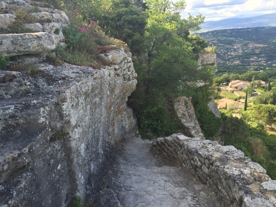 Saignon, Francja: Bellevue Rock path