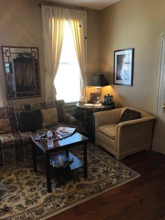 Arbor House Inn And Suites : photo2.jpg