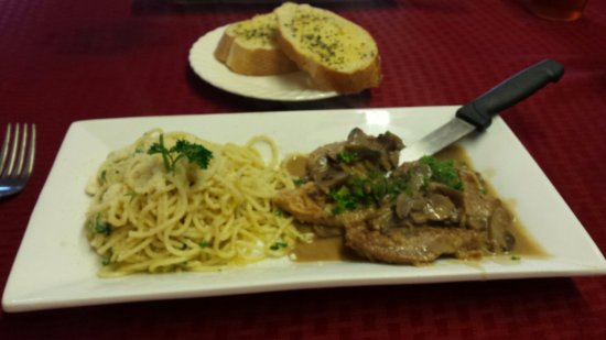 Chester, SC: Veal scallopine