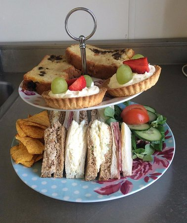 Corby, UK: afternoon tea