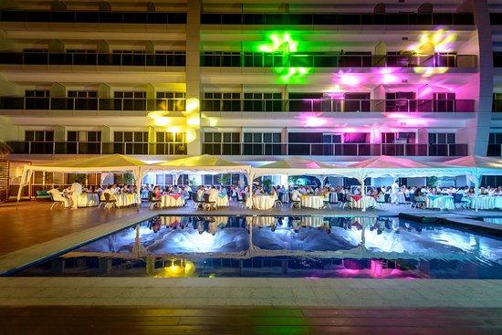 Best Western Premier Sail Plaza Manta