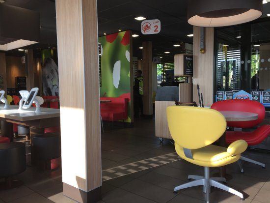 Fast Food Restaurants Near Lincoln Center
