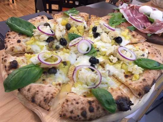 Mercato San Severino, Italy: Pizza a baccala!