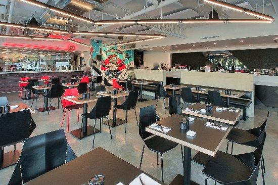 Culver City, Kaliforniya: The Ramen kitchen and the Sushi bar!