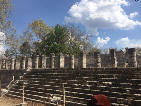 Chichén Itzá : templo mil columnas