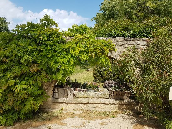 Chateau la Canorgue: IMG-20170428-WA0086_large.jpg