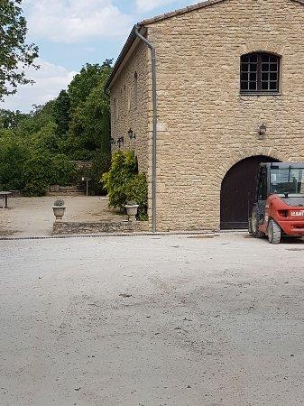 Chateau la Canorgue : IMG-20170428-WA0081_large.jpg