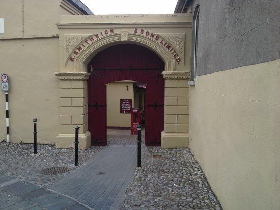 Kilkenny, Ireland: ingresso alla fabbrica