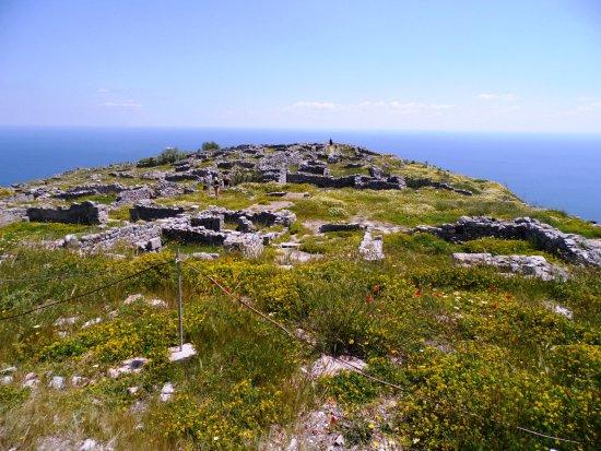 Ancient Thera: panorama verso sud
