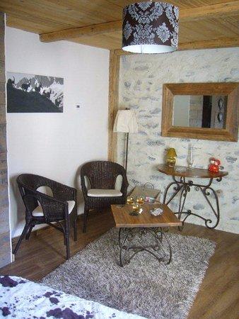 Bellentre, France : Salon de la chambre Romance