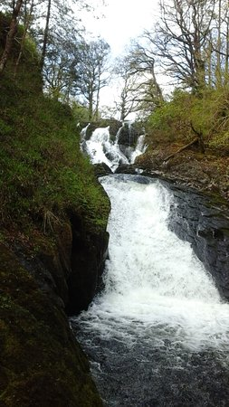 Betws-y-Coed, UK: Another view of the Falls