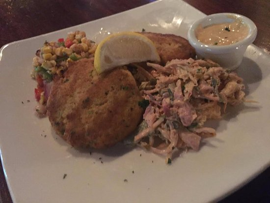 O'Faolain's Irish Pub: Irish Crab Cakes