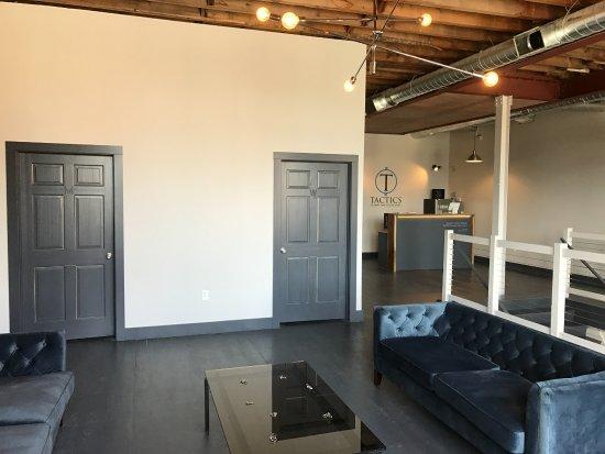Potsdam, نيويورك: Tactics Lounge