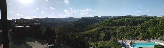 Trezzo Tinella, Italy: PANO_20170425_084934_large.jpg