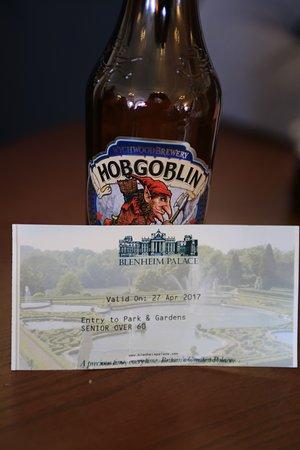 Woodstock, UK: Aaaah - a well deserved beer