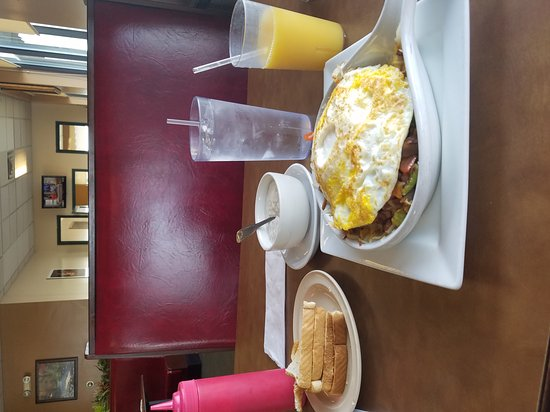 American Table Family Restaurant: 20170428_103613_large.jpg