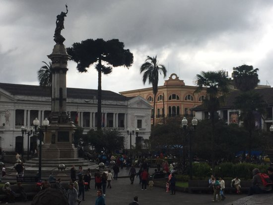 Plaza de la Independencia (Plaza Grande): With the rain clouds the photos came out almost in black and white - absolutely stunning