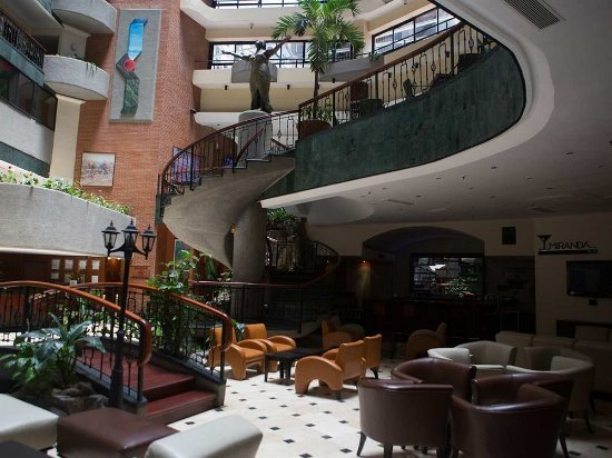 Embassy Suites by Hilton Caracas: Lobby