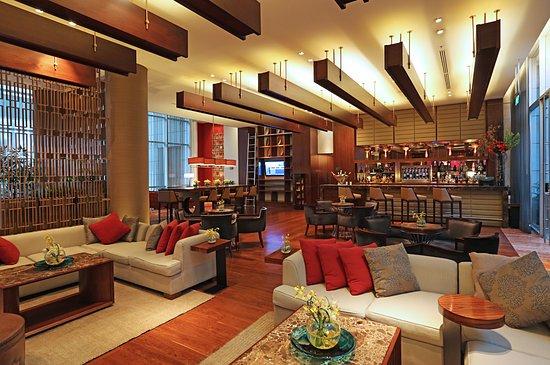 JW Marriott Hotel Bogota: Step into elegance in our Lobby Bar Lounge