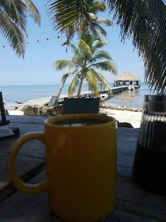 Ak'bol Yoga Retreat & Eco-Resort: Coffee on the beach