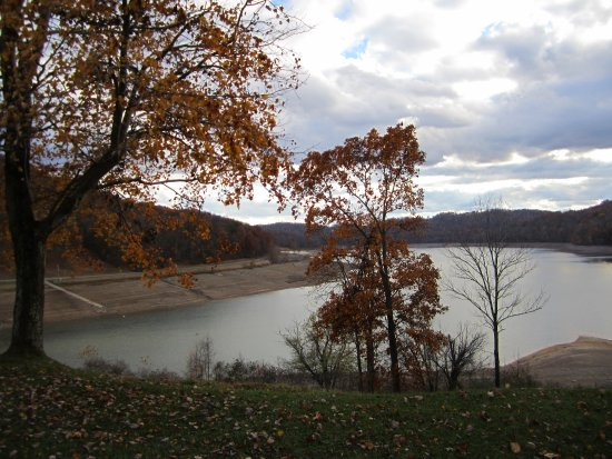 Grafton, Virginie-Occidentale : View of Lake from my room