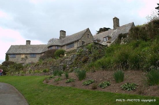 Stoke Gabriel, UK: Coleton Fishacre | National Trust just a short drive away, a must visit.