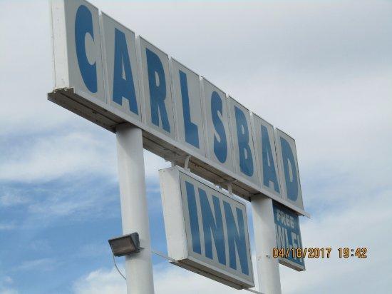 Carlsbad Inn: High sign so it's easily found