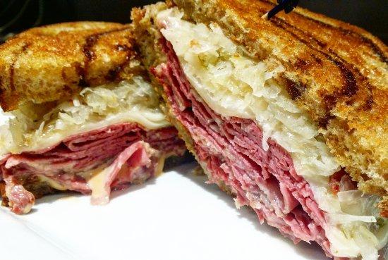 Saint Robert, MO: Reuben Sandwich
