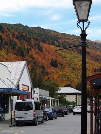 Arrowtown, Nueva Zelanda: Beautiful autumn colours in April