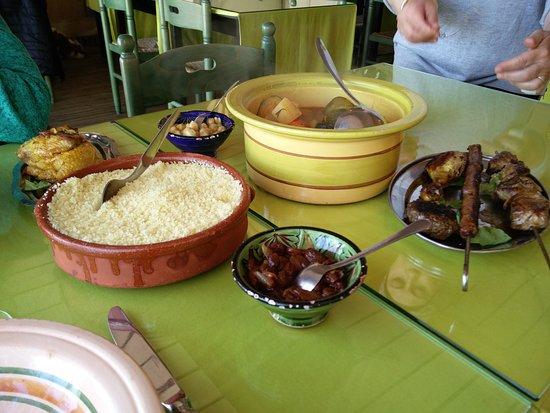 Restaurant aladin dans soustons avec cuisine for Restaurant soustons