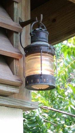 North Sound, Virgen Gorda: Historic lanterns