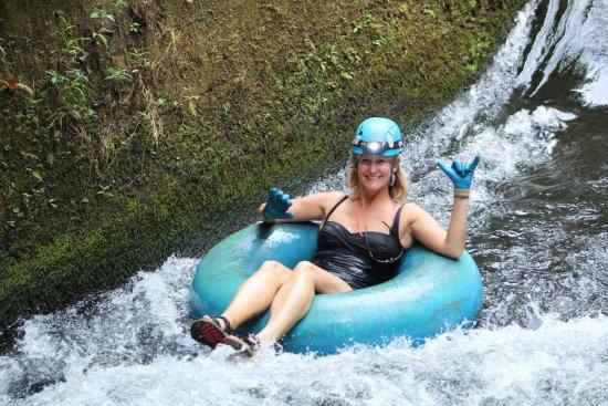 Hanamaulu, Hawái: All smiles coming down the small rapid