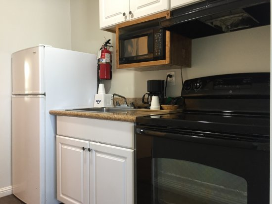 La Mesa, CA: Double Bed Room Kitchenette