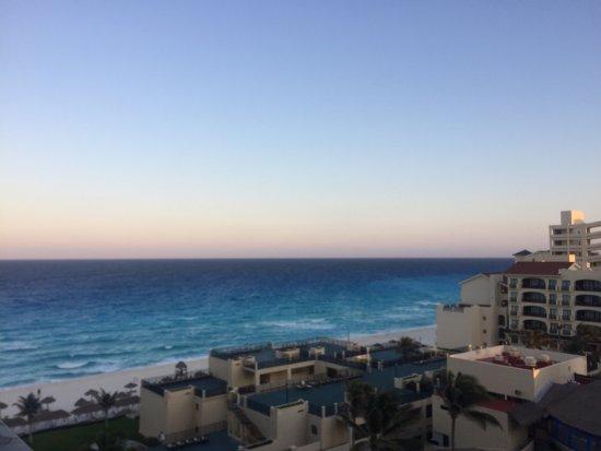 Emporio Hotel & Suites Cancún: photo0.jpg