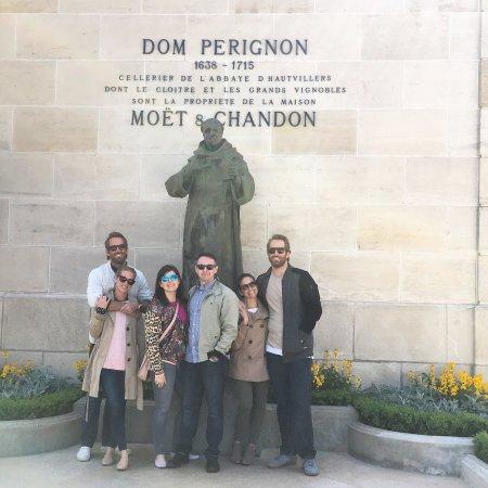 Sandy Paris Tours Photo