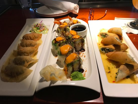 Rancho Mirage, CA: Lobster potstickers, Ebi Roll, Crispy Chicken Spring rolls