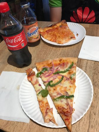 Bella Vita Pizzeria : photo1.jpg
