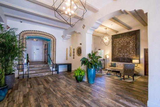 El Cordova Hotel: Lobby