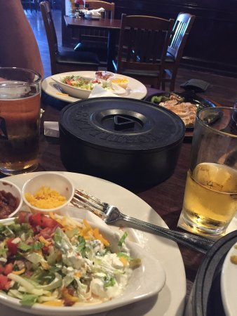 Sterling, VA: Great fajita's and beer