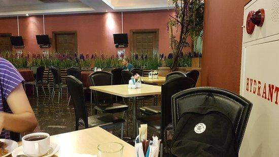 Aston Cengkareng City Hotel & CC: 20170428_072512_large.jpg