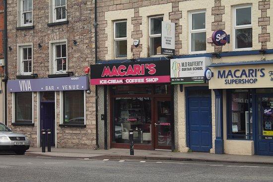 Armagh, UK: Main door.