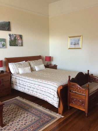 Huonville Guesthouse: Bed