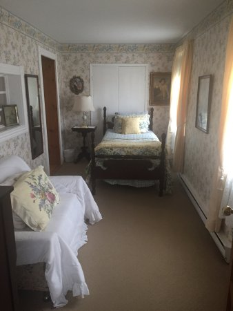 Heritage Home Bed and Breakfast: photo1.jpg