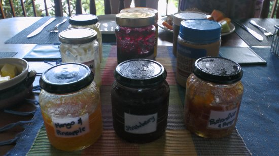 Cow Bay, Australia: Some of the homemade spreads & jams - Epiphyte B&B